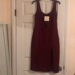 Wine color midi dress with slit